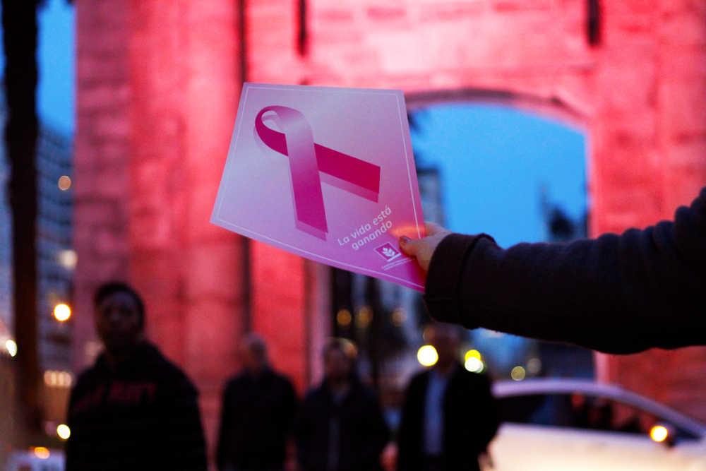 Tres visiones contra el cáncer de mama