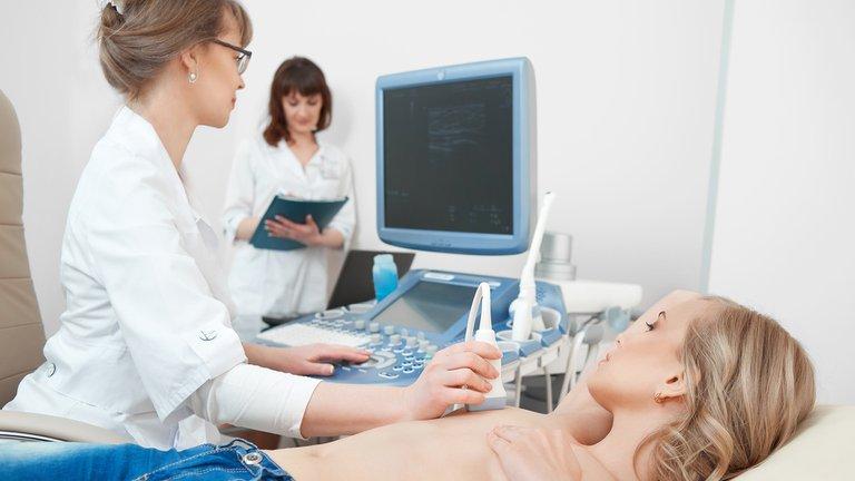 La importancia de los chequeos mamarios para una detección temprana del cáncer